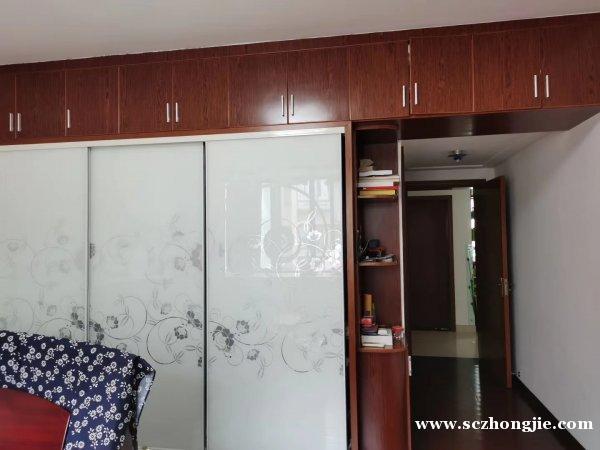 出售:龙潭鑫城,房东自住房+柴间一个,......